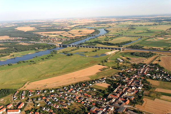Fotograf zeigt Magdeburg - Magdeburg aus der Luft_01