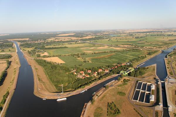 Fotograf zeigt Magdeburg - Magdeburg aus der Luft_17